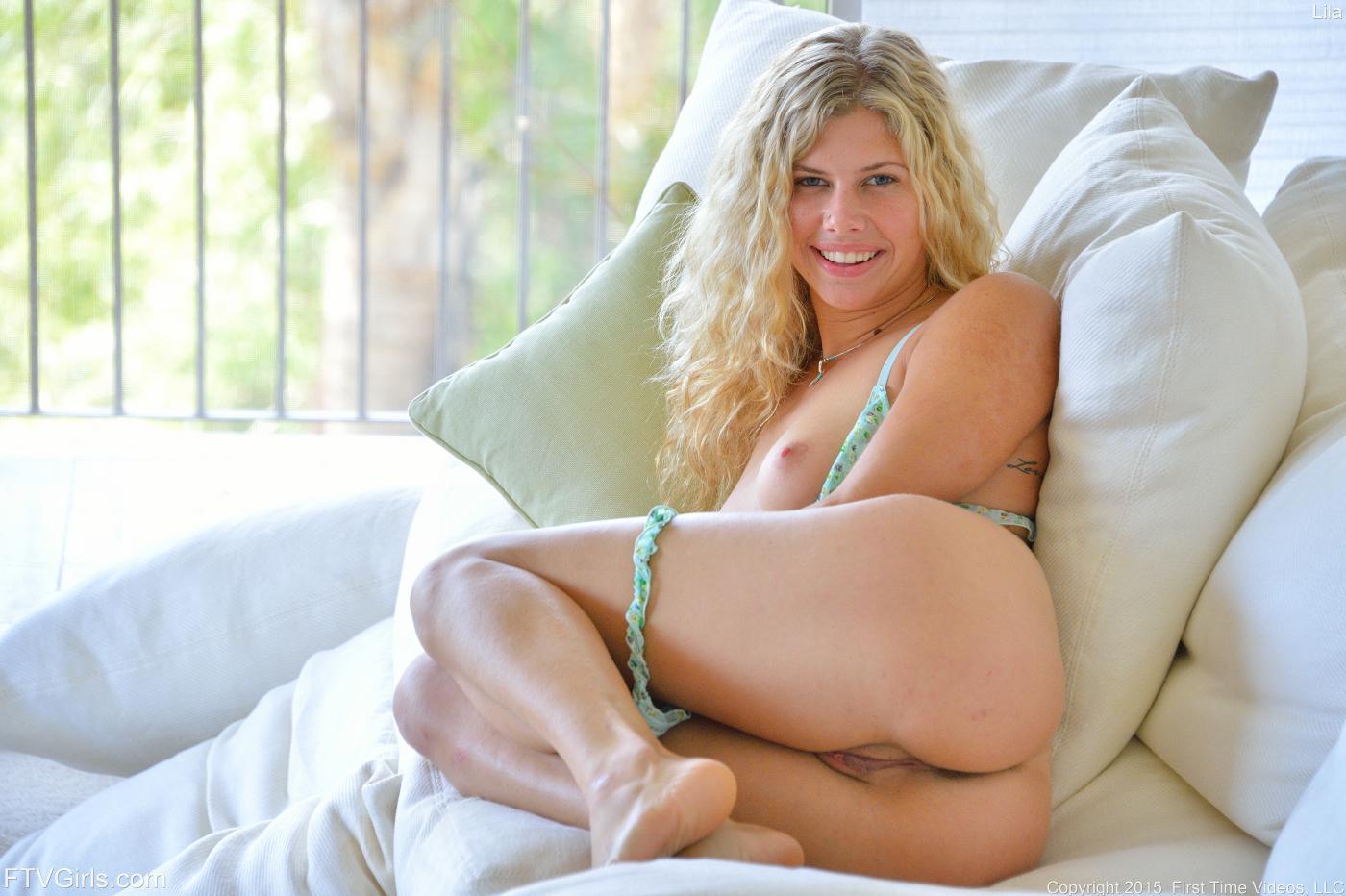 Huge booty white girl porn-5798