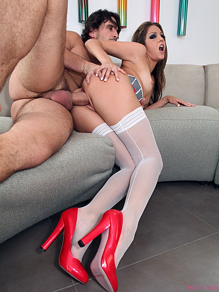 Jenna Haze Porn Gallery Leggy Pornstar Jenna Haze In White Stockings And Red Shoes Gets Fucked By Heavy Cock-6552