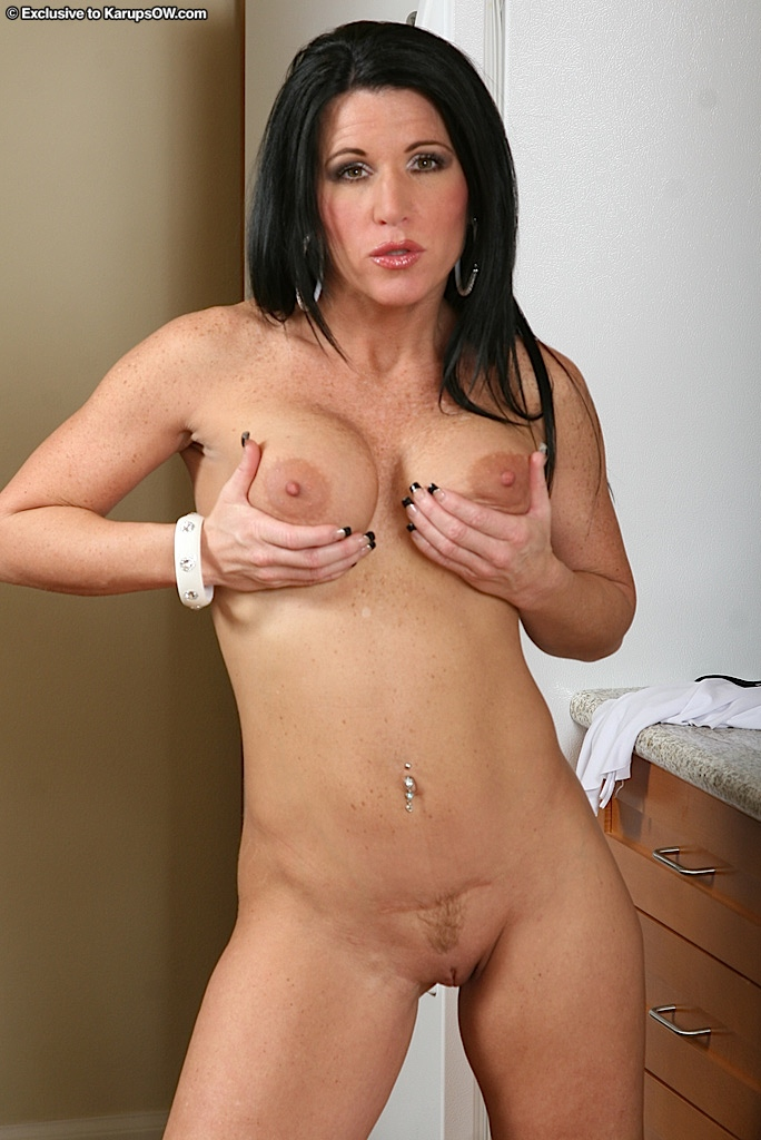 Young nude wife picture