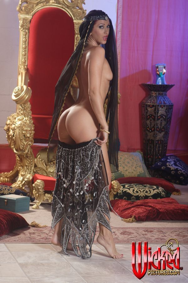 Belly dance nude daftsex