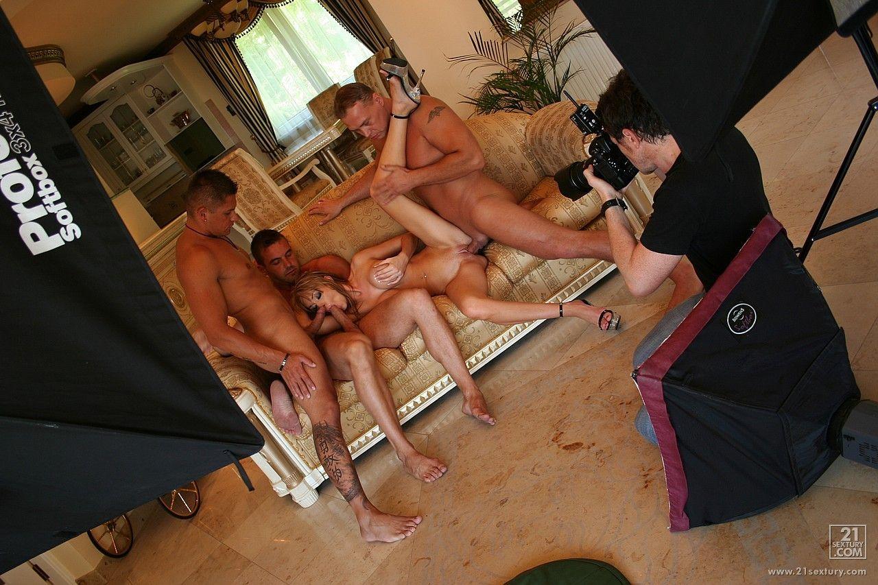 Съемка порно за кулисами порно, Съемки русского порно за кадром Русские порно 21 фотография