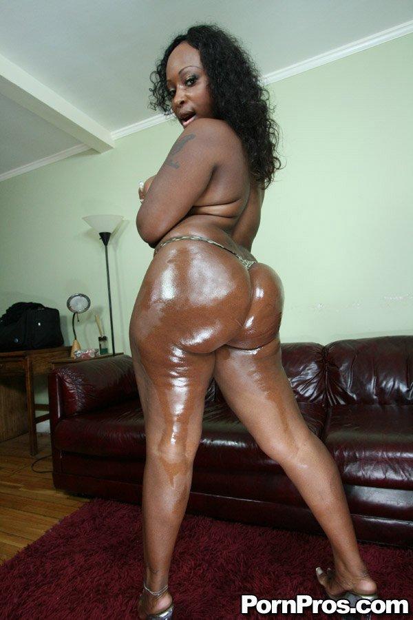Skyy black butt